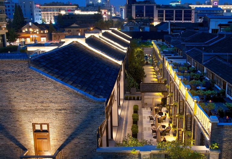 Relais & Chateaux Chaptel Hangzhou, Hangzhou, Bagian Depan Hotel - Sore/Malam