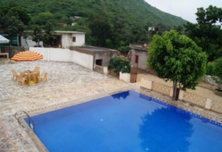 GenX Udai Valley Resort, Udaipur, Venkovní bazén