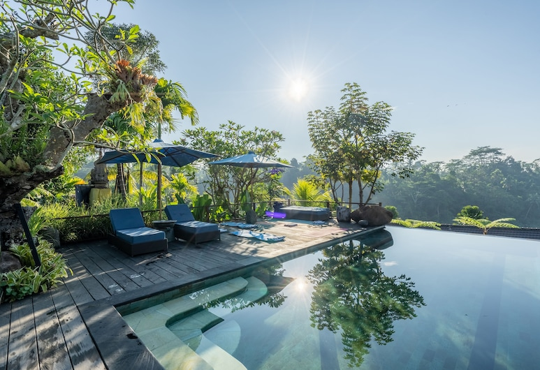Ubud Valley Boutique Resort, Ubud, Útilaug