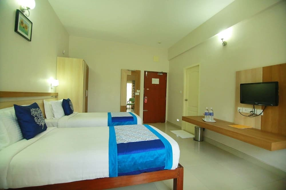 Deluxe Double Room, 1 Double Bed, Smoking, Mountain View - Bathroom