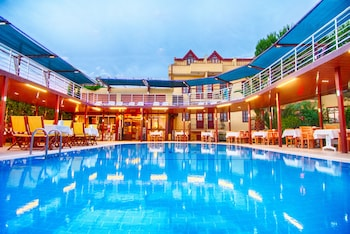 Enter your dates for special Fethiye last minute prices