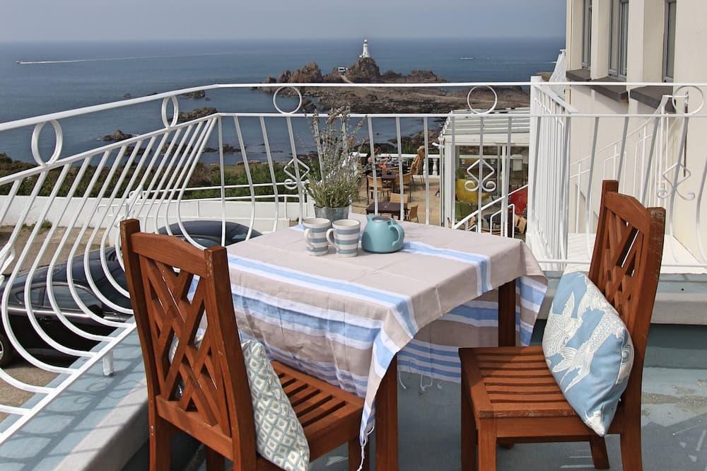 Leilighet – deluxe, utsikt mot sjø, sjøvendt - Utsikt mot strand/hav