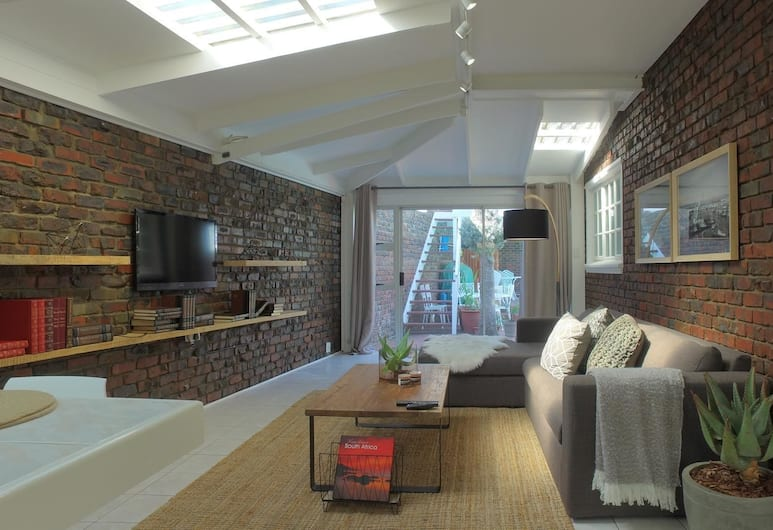 Plattekloof Views - Adults Only, Cape Town, Living Room
