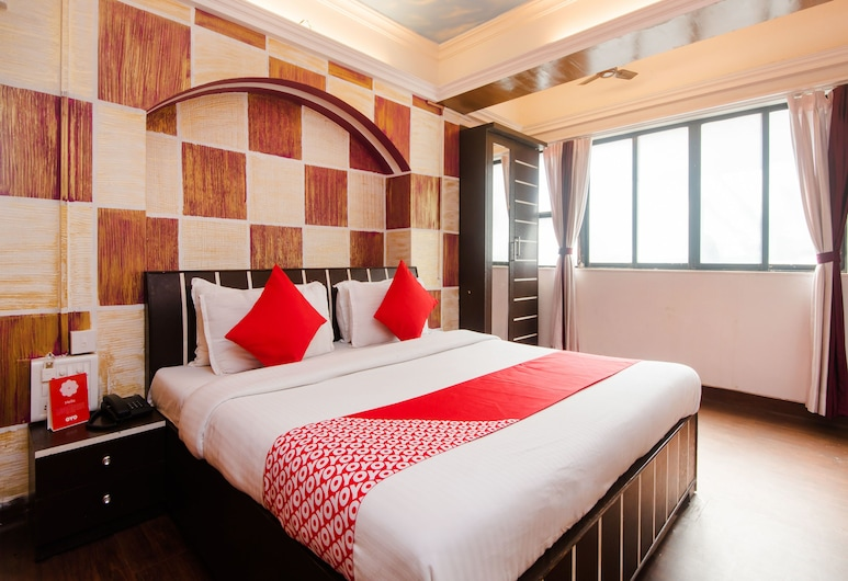 OYO 11879 Ashu Bini Hospitality Pvt Ltd- Kalptaru, Mumbai