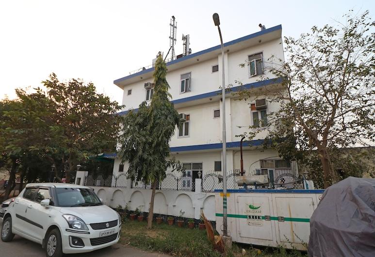 OYO 11926 OOAK Hotel, Greater Noida