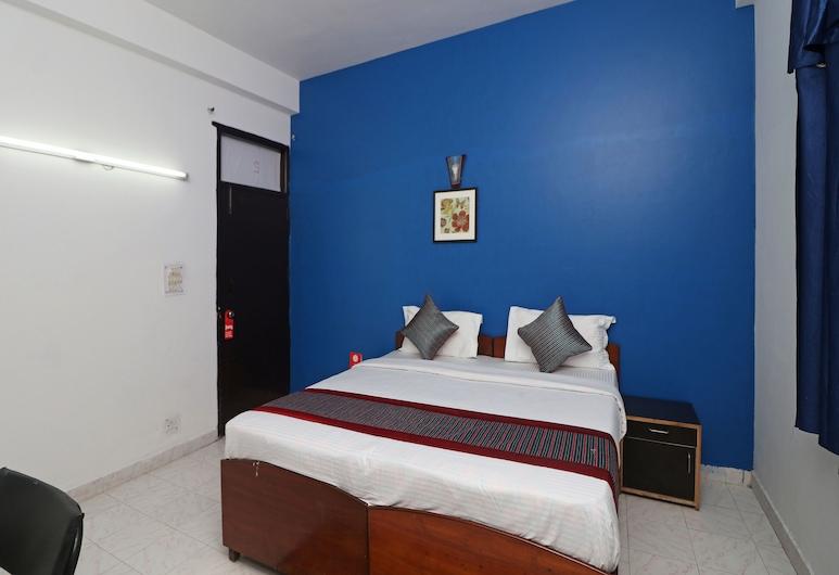 OYO 11926 歐亞克飯店, 大諾伊達地區, 雙人或雙床房, 客房