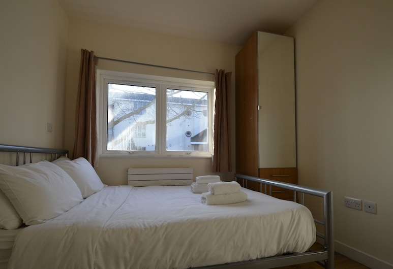 Central Comfort Serviced Apartments, London, Apartment, mit Bad (3 Bedroom Apartment B), Zimmer