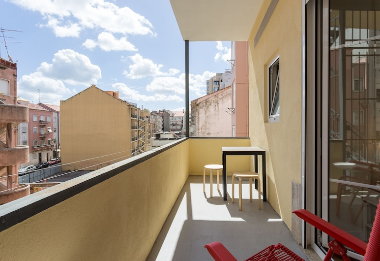 LxRoller Premium Guesthouse, Lisbon, Exclusive Double or Twin Room, Lanai, Balcony