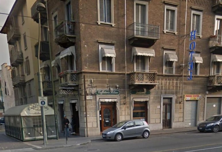 Don Chisciotte, Turin, Hotel Front