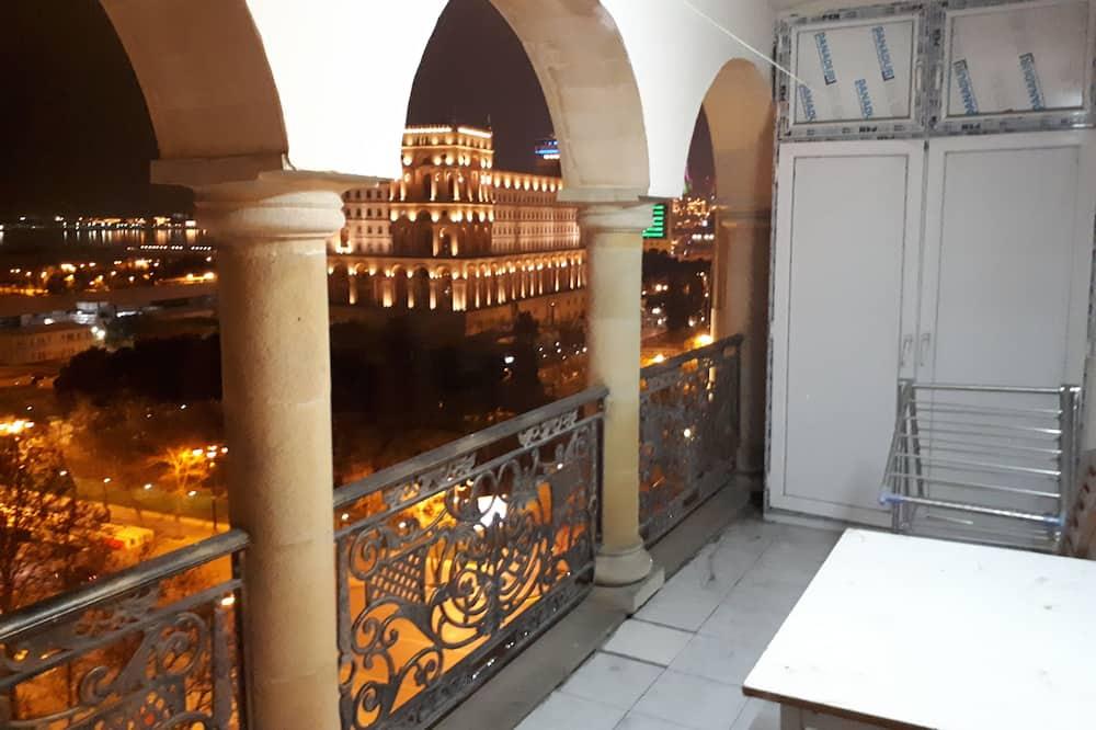 Номер-люкс категорії «Делюкс», 2 спальні, кухня, з видом на море - Балкон