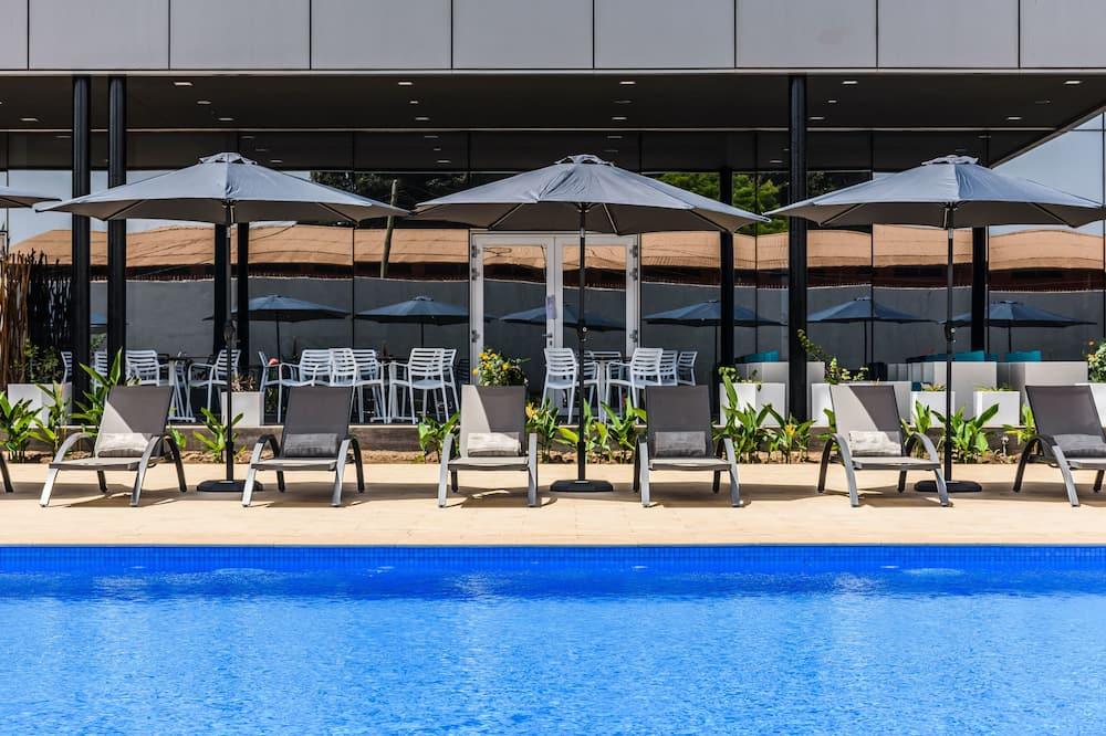 Udendørs pool