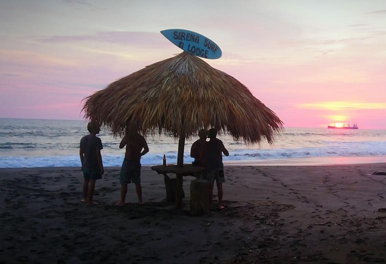 Casa Sirena Surf Lodge, Nagarote, Strand