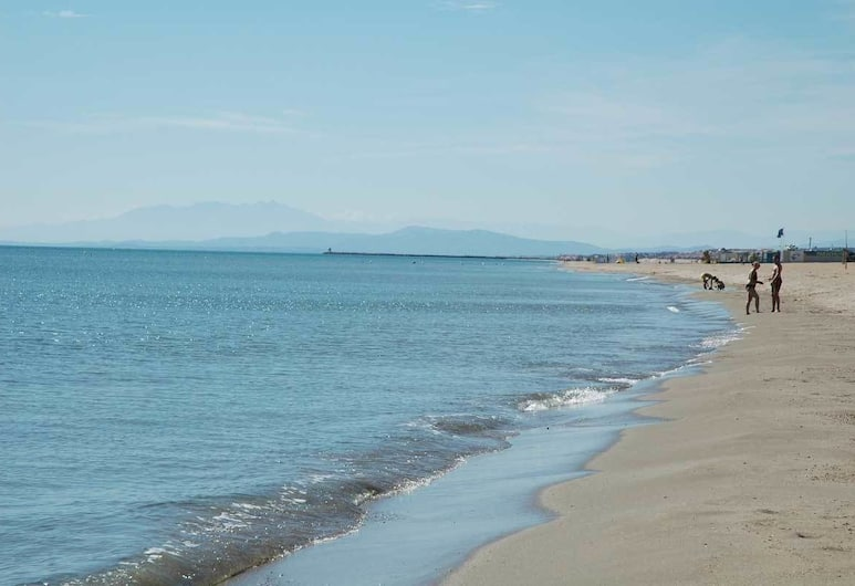 Cap Camerine, Agde, Beach
