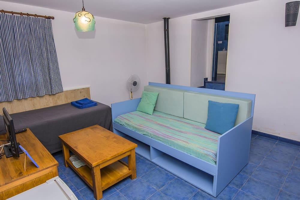 Driepersoonskamer, 2 slaapkamers, koelkast - Woonkamer