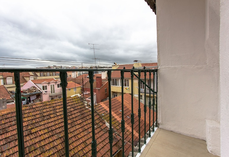 Santa Marta Views by Homing, Lizbona, Apartament, 1 sypialnia, taras (Trav. Santa Marta 5, 2nd Floor Right), Balkon