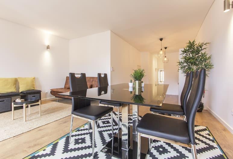 Santos Concept by Homing, Lisbon, Apartment, 2 Bedrooms (Rua da Esperança 110 4th Floor), Living Area