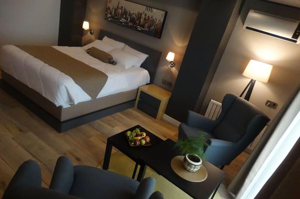 Exclusive-Zimmer, 1 Schlafzimmer, Balkon, Meerblick - Wohnbereich