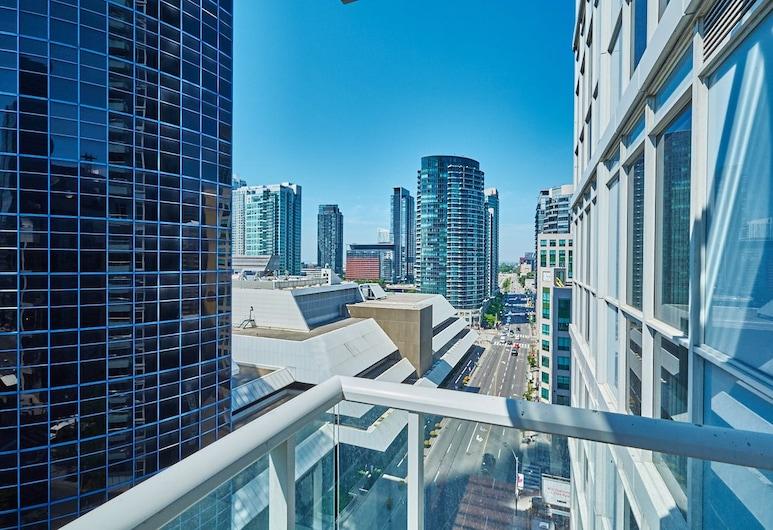 Diamond Suite, Toronto, Signature Suite, 2 Bedrooms, 2 Bath, City View, Balcony