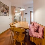 The Stella Alpina Apartment in Central Area - 8 Beds - Wifi and Terrace