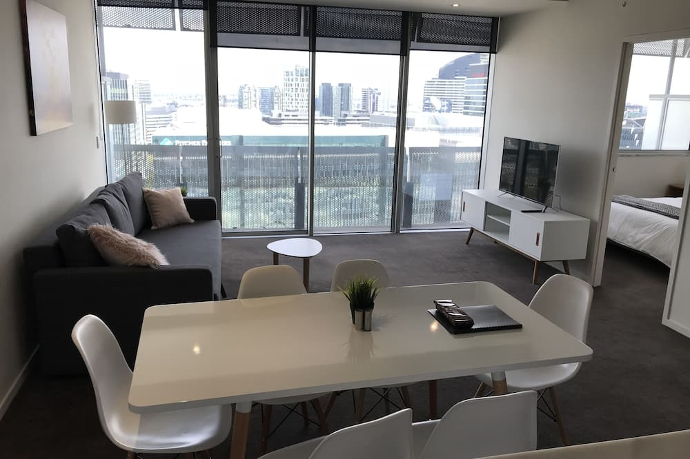 Apartment, 2 Bedrooms (Fourth ) - In-Room Dining