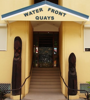 Gambar Waterfront Quays Apartments di Port Vila