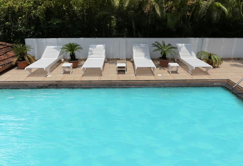 特雷布潮流特利威尼河宮酒店, 錢帕庫蘭, 室外泳池