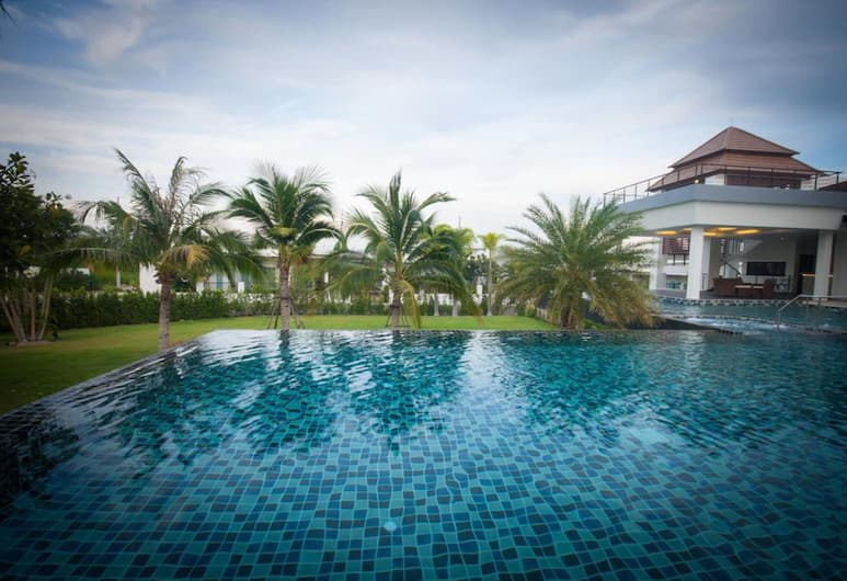 Luxury House in Hua Hin, Hua Hin, Lauko baseinas