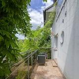 三人房, 共用浴室 - 露台