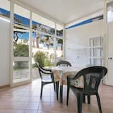 Villa estándar, 3 habitaciones - Comida en la habitación