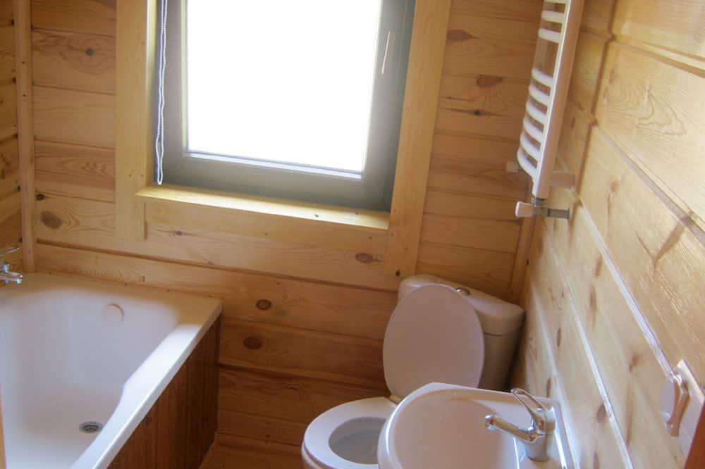 Family Cabin, 3 Bedrooms - Bathroom Sink