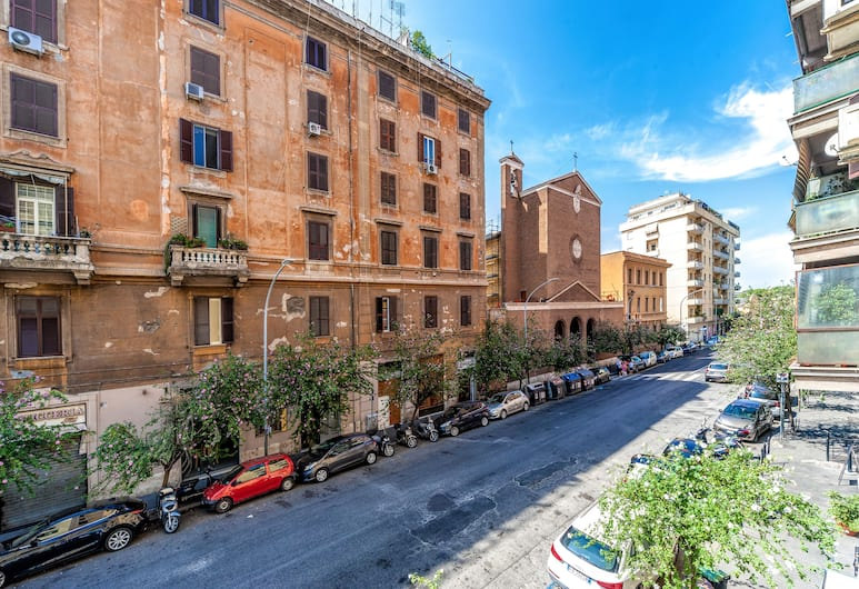 SmooRooms, Rome, Deluxe Double Room, Guest Room View