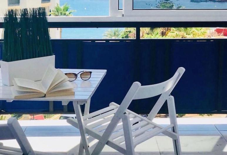 Apartamento Pronfondo Blue: Luz y Vista Mar, Arona, Balcón