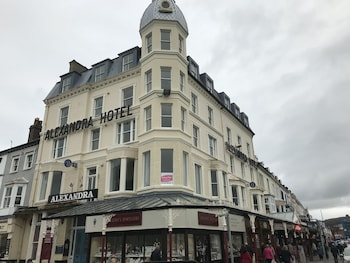 Enter your dates to get the Llandudno hotel deal
