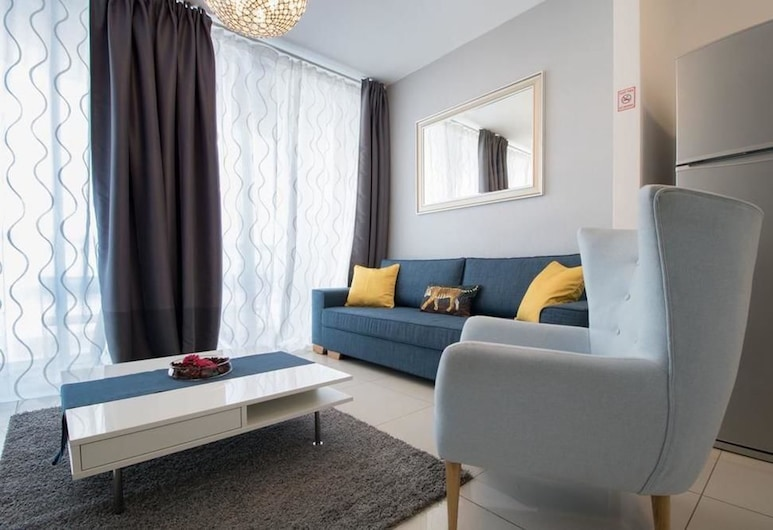Sweethome26 Luxury Apt With Parking, Tel Aviv, Apartment, 2 Bedrooms, City View, Tower, Living Room