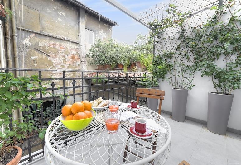 Stone Walls Deluxe, Florence, Apartemen Deluks, 2 kamar tidur, pemandangan kota, Teras/Patio