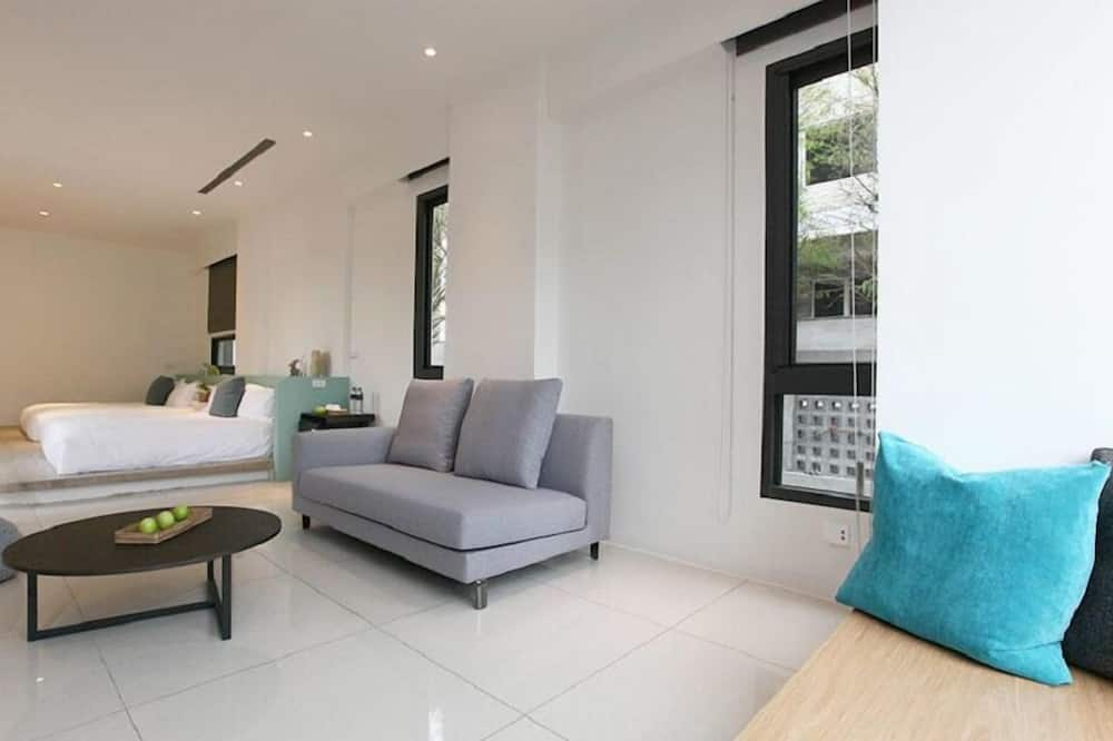 Paaugstināta komforta četrvietīgs numurs - Dzīvojamā zona