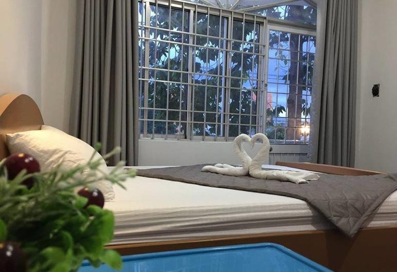 Queen Pearl Hostel, Nha Trang, Deluxe-Doppelzimmer, Balkon, Zimmer