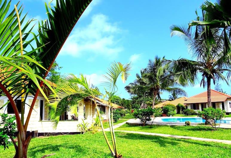 Doric Cottages Diani, Diani Beach, Garden