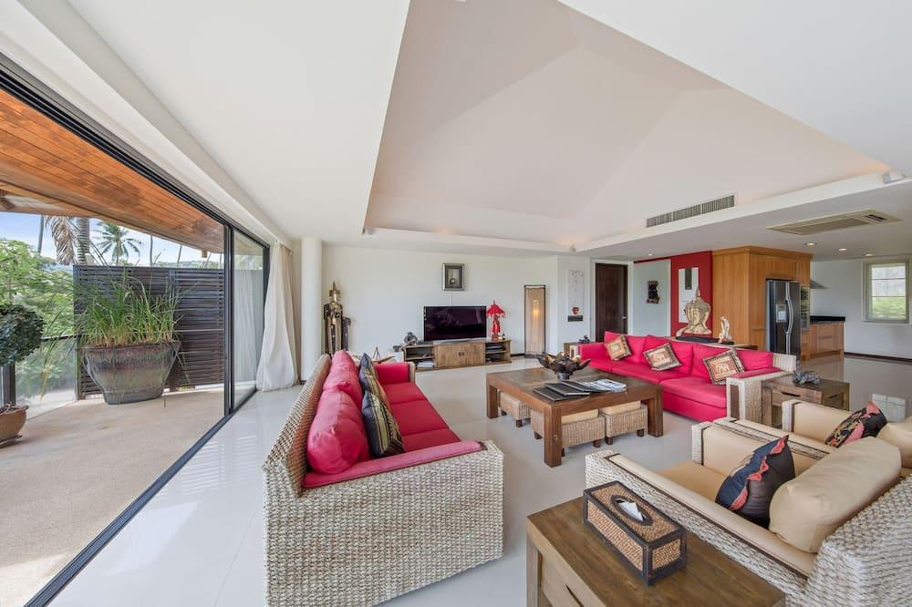 Luxury Villa - Living Room