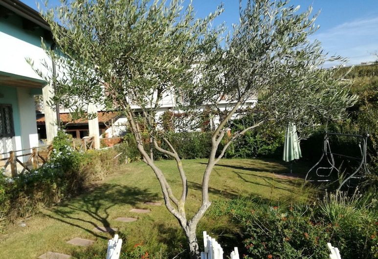 B&B Oasi al Mare, Agropoli, Garden
