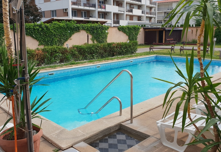 Beach Hotel, Siofok, Pool