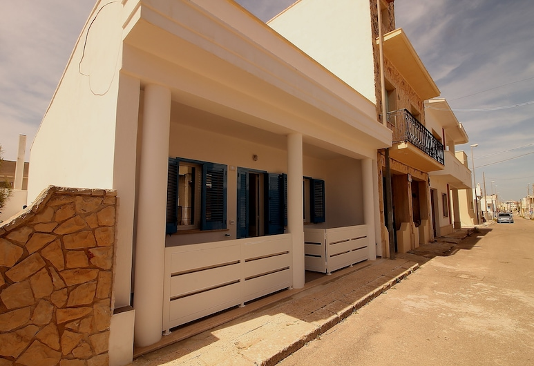 Casa Bluet, Ugento, Vstup do zariadenia