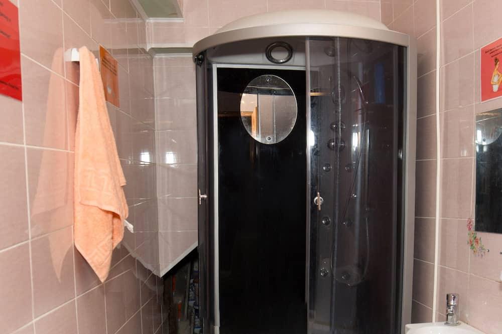 Koplietojuma guļamzāle, tikai vīriešiem (8 beds) - Vannasistaba
