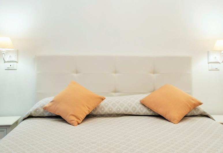 Baco B&B, Cagliari, Camera Comfort con letto matrimoniale o 2 letti singoli, vista città, Camera
