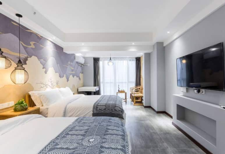 Ou Ran Jian Hotel, Chongqing, Superior Triple Room with River View, Guest Room