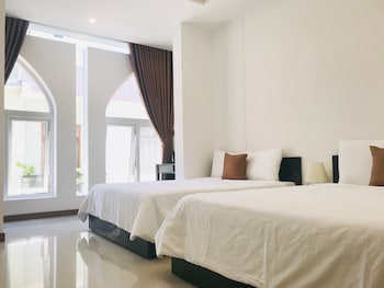 ภาพ Phuong Dong Hotel & Apartment ใน Quy Nhon