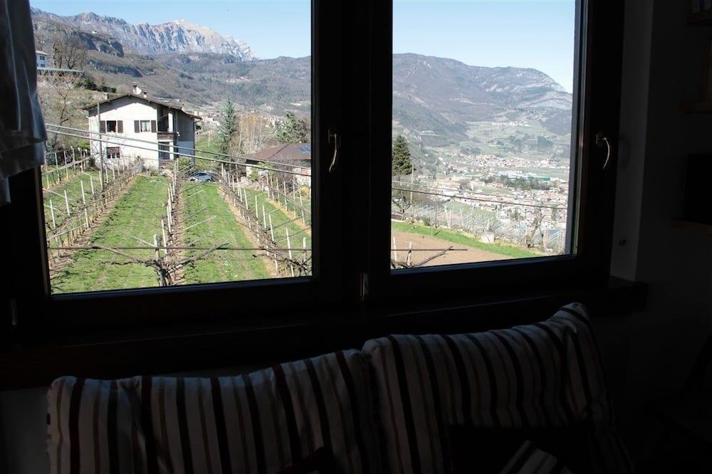 Trivietis kambarys, vaizdas į sodą (Acero) - Vaizdas iš svečių kambario