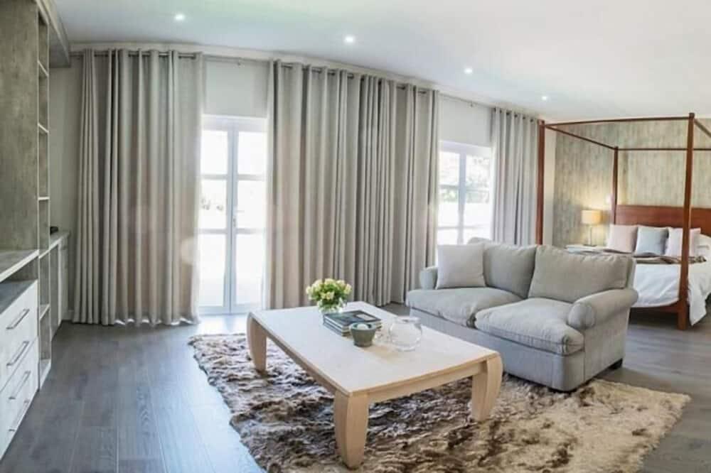 Unit E - Living Area