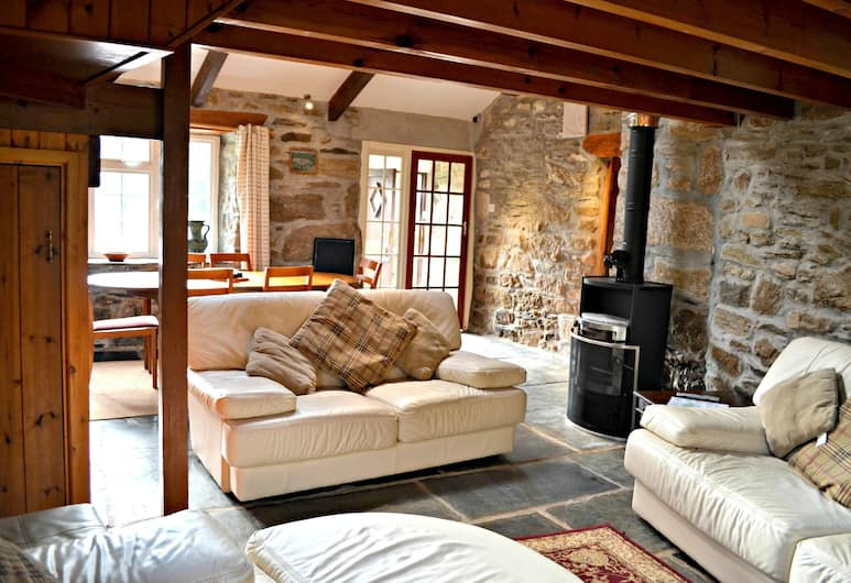Coombe Mill, Bodmin, Cottage, 3 Bedrooms (Water Mill), Living Area