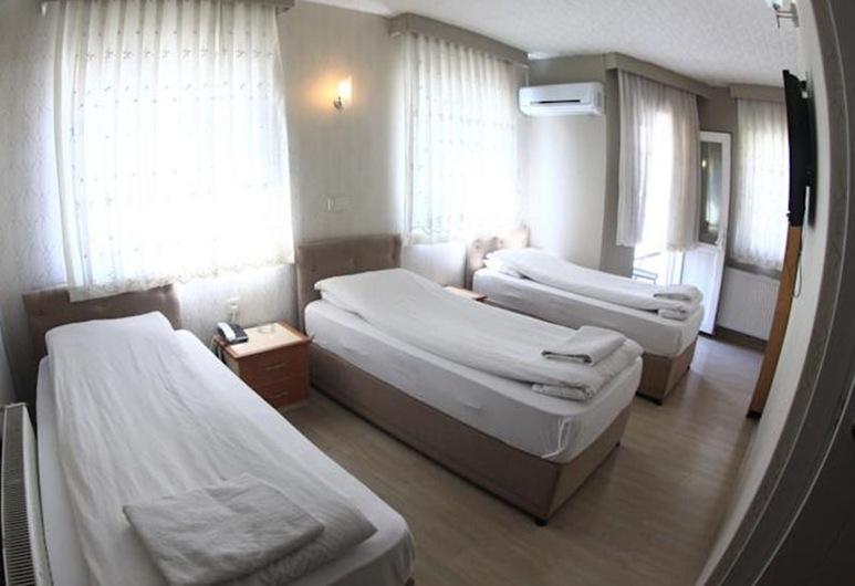 Hotel Özeren 1, Burdur, Standard Triple Room, Guest Room